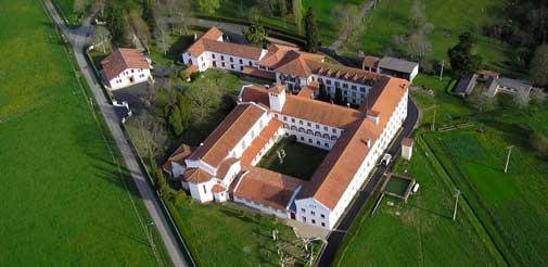 Abbaye Sainte Scholastique à Urt